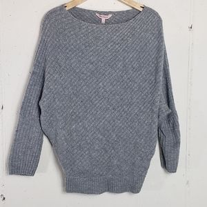 Juicy Couture Sm grey bat wing sweater
